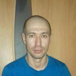 Молодой, красивый парень ищет девушку для секса в Иркутске