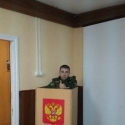 Обычный парень, у которого не было секса, ищу девушку в Иркутске для интима